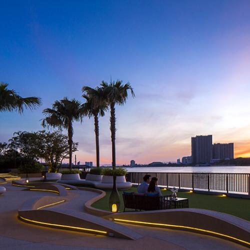 metroluxe riverfront